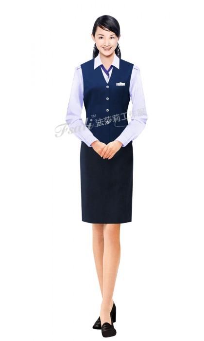 女士铁路工作服