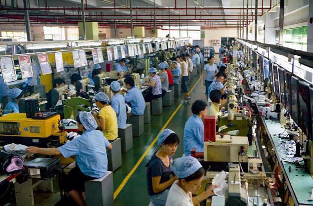 据说知名鞋厂工人的工资降到一两千 发生了什么?0.jpg