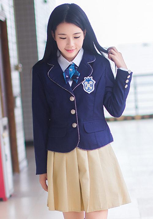便宜小学学生制服