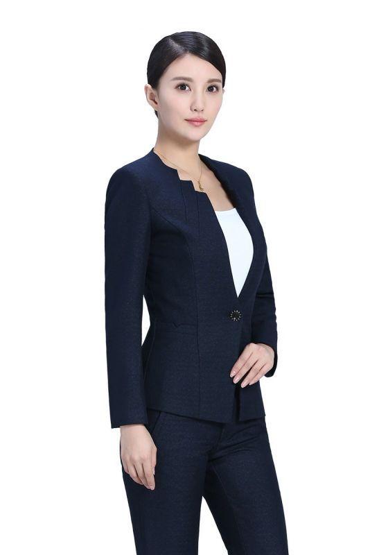 女士工作服着装需要注意些什么?